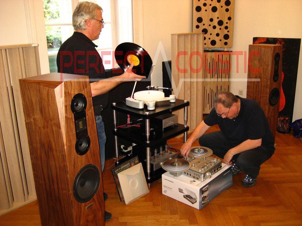Vilken roll är en akustisk diffusor?