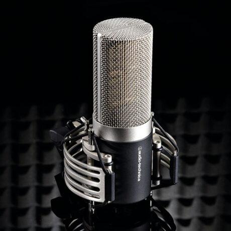 Huvudbild av Audio-Technica-AT5040-mikrofonen.