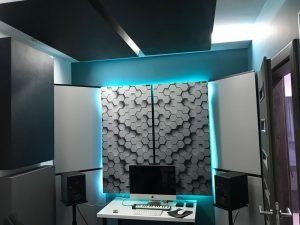 Perfekt akustisk ljudabsorberande panel i en liten husstudio (2)