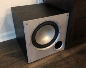 Polk-Audio-PSW10-Subwoofer-Huvudbild-300x300