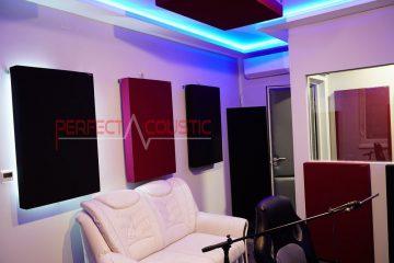 akustisk hantering av ett lyssningsrum