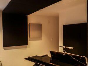 akustisk panel placerad i pianomrum (3)