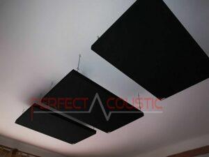 akustisk panel placerad på taket i biosalen (2)