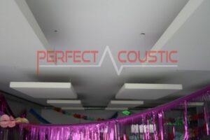 akustisk rymdesign med diffusor akustikpaneler på frontpanelen (4)