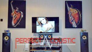ljudabsorberande panel på väggen