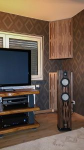 spridare akustiska paneler, ljudabsorberande panel, basfälla med diffusor fram.