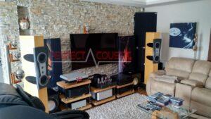tryckt akustisk panel på soffan (4)